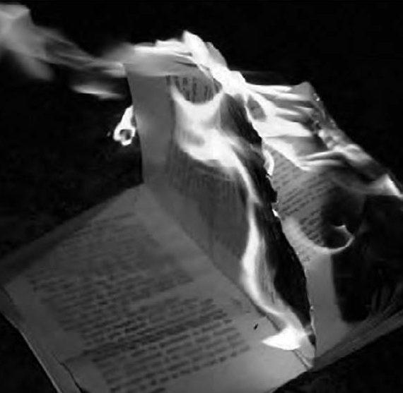 La Historia del Arte en llamas